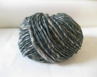 DESTASH Ice Yarn Perfido