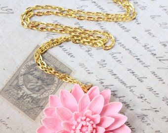 Large Spring Pink Flowers Cameo Gold Necklace