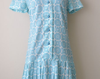 SALE Vintage 60s Teal and White Medallion Mod Scooter Dress sz. Medium