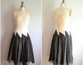 1950s cream and black geometric dress // dramatic dancing dress // xs small