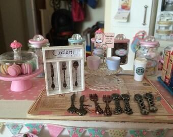 1:6 PLAYSCALE Organizer TRAY & CUTLERY Set - Blythe, Momoko, Pullip, Barbie, Fashion Royalty