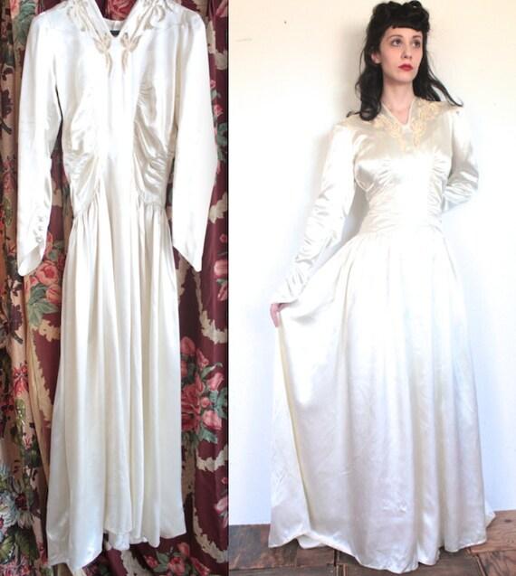 Jahrgang 1940 Kleid / / 40er Jahre White Satin Brautkleid mit