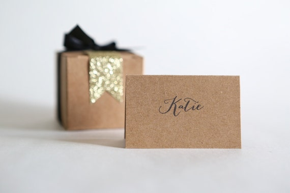 TENTED PLACE CARDS | First Names, Calligraphy, Wedding, Engagement, Name Tags, Labels, Typography | Minimalist, Modern
