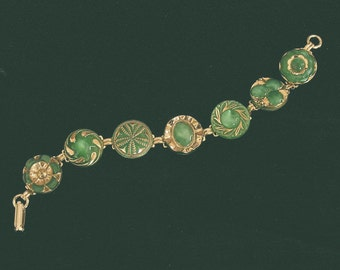 Mid 1900s Green Glass Button Bracelet