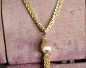Vintage Gold Tassel Necklace Retro Modern Minimalist Free Glow Ring