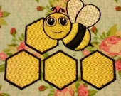 "Bee with honeycomb embroidery machine pattern 4x4"" hoop"