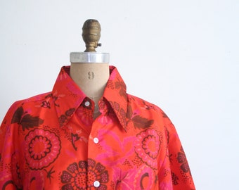 SALE    1970s Thai silk shirt - button down / Tangerine - orange tropical floral print / vintage 70s - wide collar - Hawaiian resort