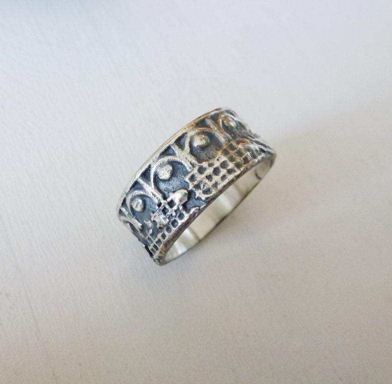 zoom - Medieval Wedding Rings