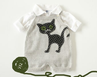 Knitted baby overalls in gray with felt cat. 100% wool. READY TO SHIP size newborn.