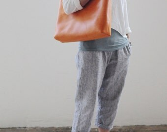 Artemis Leatherware Hand Stitched Washed-Out Leather Tote Bag (Larger version)