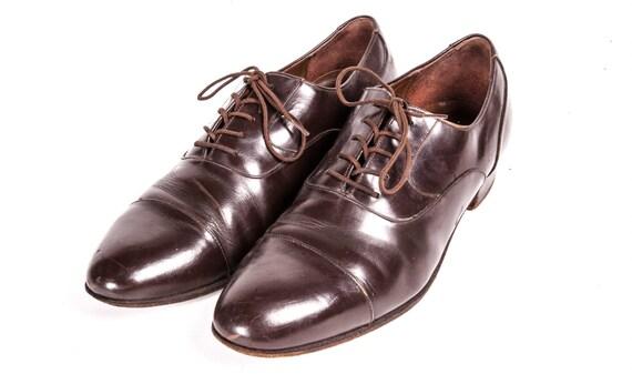 Brown Captoe Shoes Men's Size 9 .5