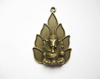 SALE - 1 Ganesha Charm in Bronze Tone - C1939