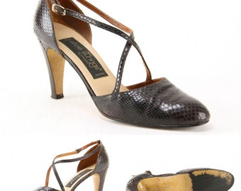 70s Snakeskin Pumps Dark Brown Disco Stiletto Shoes 1940s inspired criss cross buckle strap style almond toe evening dancing high heels