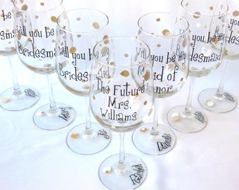 Will you be my Bridesmaid wine glass, Personalized Bridesmaid proposal glasses. Will you be my Bridesmaid.Asking Bridesmaids to wedding gift