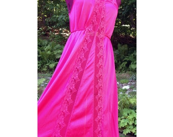 Hot Pink Jumper / Hot Pink Lace / Pink Vintage Nightgown / Cascade Lace Slip Dress / Size S