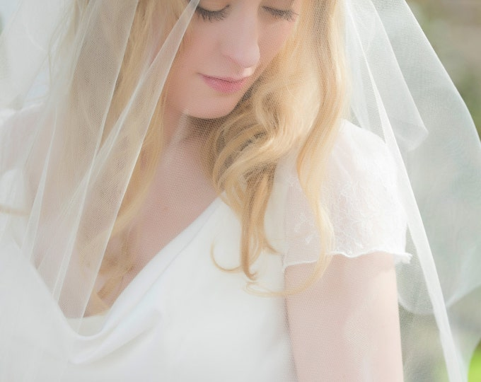 Crystal Edge Cap Veil, Juliet Cap Veil, Vintage Inspired Tulle Veil, Juliette Veil, Rhinestones, Crystals, Art Deco Veil, 1920's style veil