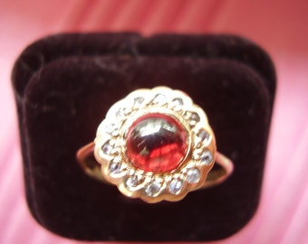 Vintage 14K Cabochon Ruby and Diamond Ring