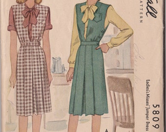 McCall's Misses Size 16 Pattern 5809  1944 Blouse and Jumper Unused Size 16 WWII Style