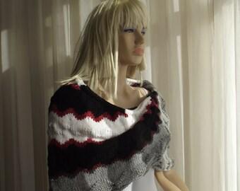 CHARMING ZIGZAGS - Hand Knit Shawl / Geometric Shawl / Wedding Shawl / Triangular Shawl / Curved Shawl / Shell Shawl / 50% OFF !!!