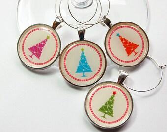 Christmas Wine Charm, Christmas Tree, Wine Charms, Wine Glass Charms, table setting, entertaining, Christmas party, hostess gift (3237)