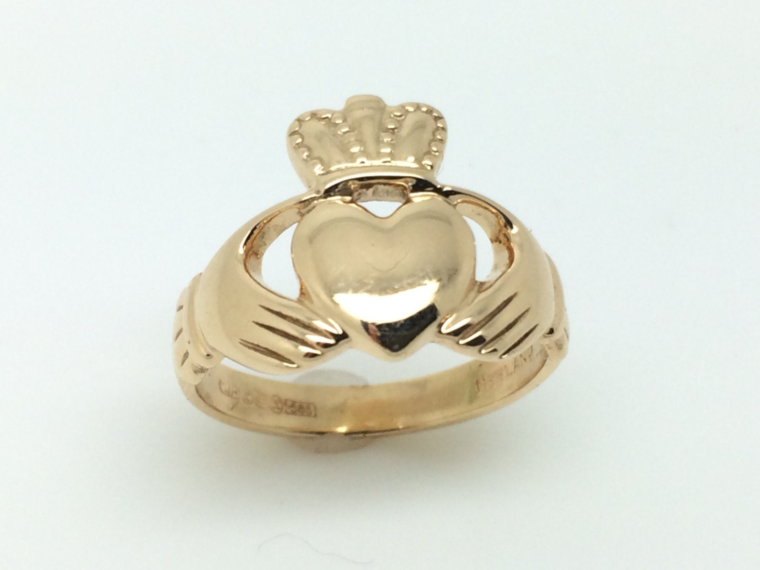 made in ireland authentic irish claddagh ring 14k yellow. Black Bedroom Furniture Sets. Home Design Ideas