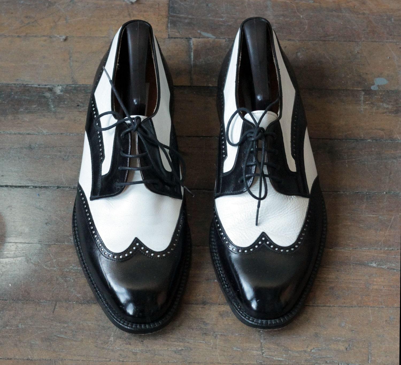 mezlan mens 8 5 d wingtip spectator shoes black and white