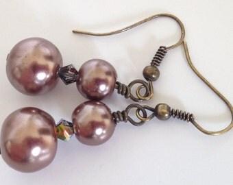 Brown Pearl Earrings, Tan Earrings, Pearl Drop Earrings, Brown Earrings, Glass Pearl Earrings, Faux Pearl Earrings, Pearl Dangle Earrings