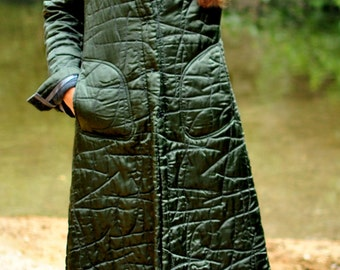 Embroidery Quilted COAT in Green Satin. Abstract-Pattern Quilt Coat. Car Coat, Green & Gray.