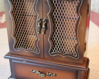 Two tone Solid Wood Vintage Jewelry box Chest, MUSICAL,4 Pull out Drawers and Mesh Doors