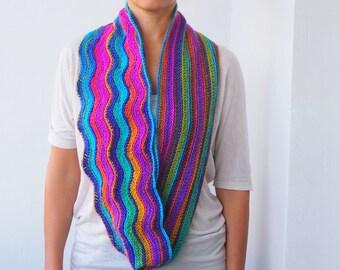 Crochet pattern Rainbow Zigzag Infinity scarf woman loop long  scarf chevron circle scarf ripples scarf, DIY tutorial Instant download
