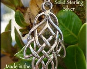 Sterling Silver Celtic Leaf Necklace, Sterling Silver Celtic Necklace, Celtic Pendant on SS Chain, Celtic Leaf Knot Jewelry - SE-2873