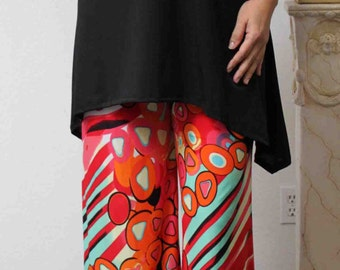 New Abstract print Travelers wide leg Designer long pants in Plus and Regulaur Size. M to 3XL
