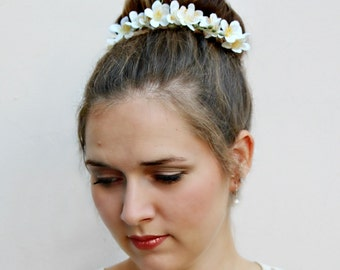 LILIANA - floral Bun Belt, flower crown for your hair bun, Coachella flower crown, hair bun accessories, flower crown, bridal hair crown