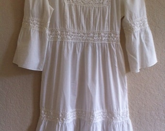 Vintage White Cotton Hippy Dress With Lace Trim