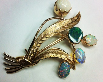 Restored Vintage Opal and 18k yellow gold Brooch