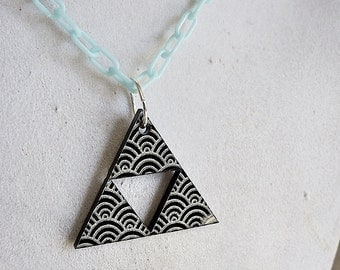 Acrylic Shell Triforce Necklace