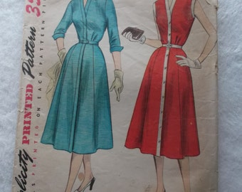 Misses' One-Piece Dress Size 14 Bust 32 All 14 Pattern Pieces, Vintage 1950s Simplicity 4220