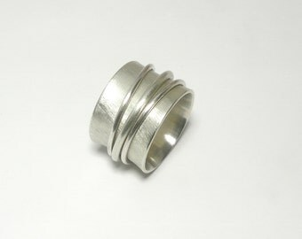 Extra wide Rotary ring made of 925 Silver