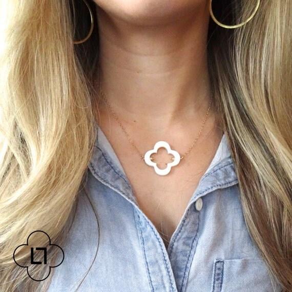 Clover Necklace, Delicate Necklace, Mother of Pearl Necklace, Shell Necklace, 14k Gold Necklace, Gold Filled Necklace, Four Leaf Clover