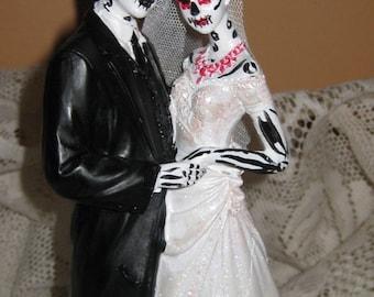 Day of the Dead Wedding Cake Topper / Skeleton / Sugar Skull Wedding cake  Zombie wedding cake topper