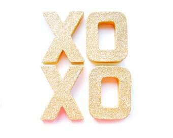 Gold Glitter XOXO Letters - Glitter Letters, Custom Ornament Letters,  Wedding decor, Freestanding Letters, Paper Mache Letters