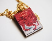 The Catcher in the Rye's mini book necklace