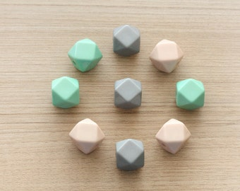 9 pcs of  Mint , Grey and peach Polygon Geometric Dyed Faceted Acrylic Beads - 20 mm