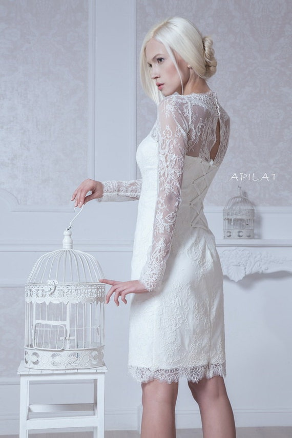 Fitted style short lace wedding dress with sleeves m38 for Short fitted wedding dresses