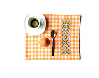 Garden breakfast, placemat for breakfast, little rustic placemat