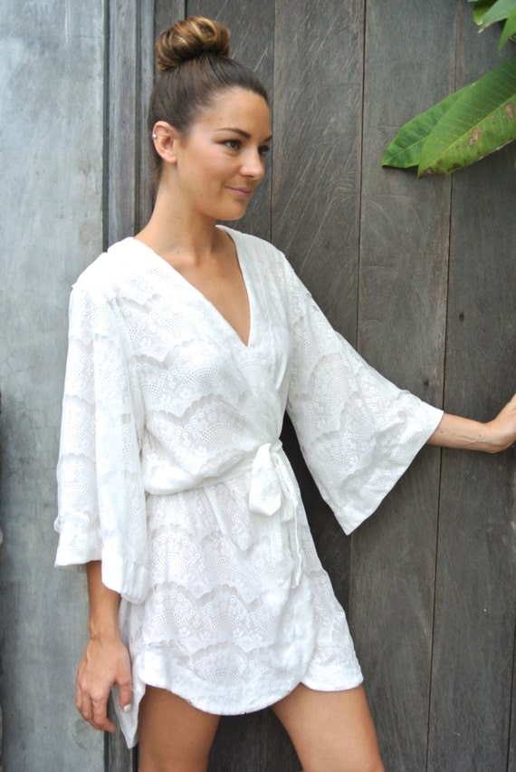 stunning lace kimono robe wedding robe bridal robe