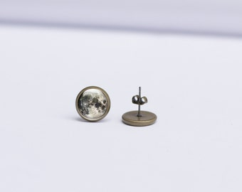 Full Moon Earrings - Moon Studs Earrings - Moon Earrings