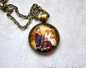 "CUSTOM Photo Necklace - Glass Pendant Photo Necklace - 1 inch glass pendant necklace 24"". Made to order, email your photo"