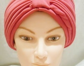 Cerise Pink Pleated turban. Vintage.
