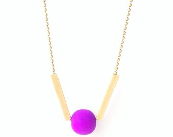 dash dot brass and bead necklace